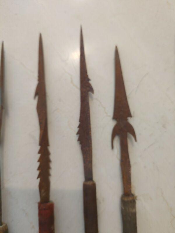 15 antique Phillipino Negrito Tribe Arrows (circa 1958)