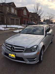 2012 Mercedez-Benz C250 - fully loaded - AMG package