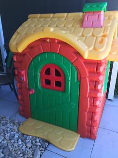 Kids Play House/Cubby