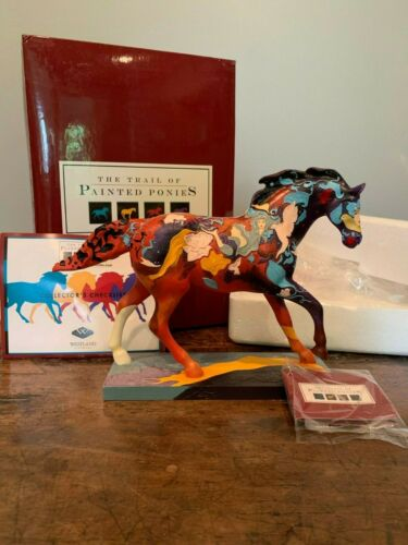 Trail of Painted Ponies AMERICAN DREAM HORSE FIGURINE NEW IN BOX 1E/9256 #12209
