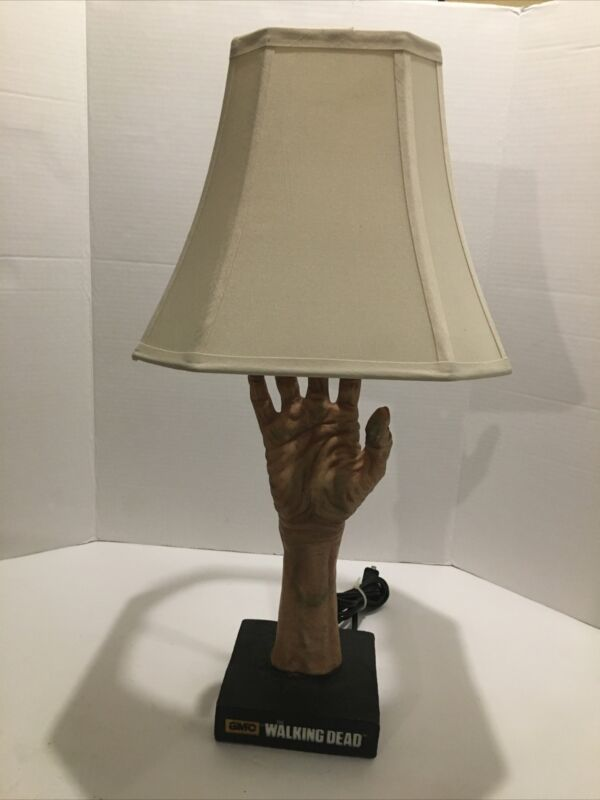 Amc Walking Dead Lamp . Rabbit Tanaka . 1214 .used