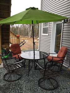 Patio set table and chairs
