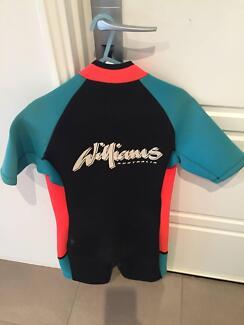 Williams Short leg ski  Surf Wetsuit Large