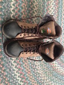 Size 9 men's Dickies green tag steel toe work boats.