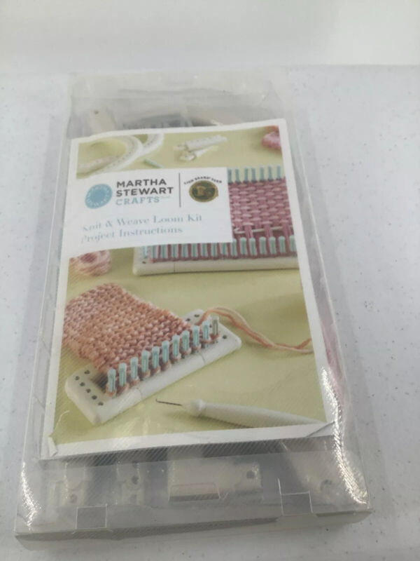 Martha Stewart Knit and Weave Loom Kit Lion Brand New Crafting Kniting Weaving