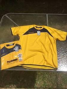 Hummel training shirt (yellow and navy) Jannali Sutherland Area Preview