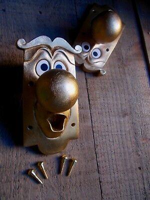 ALICE IN WONDERLAND USED FIXING DOOR KNOB CHARACTER