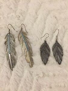 2 Pairs of Feather Earrings