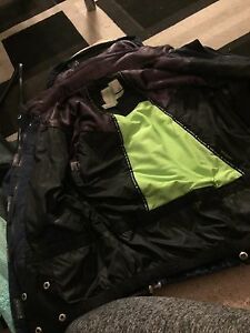 Powder room snowboarding jacket