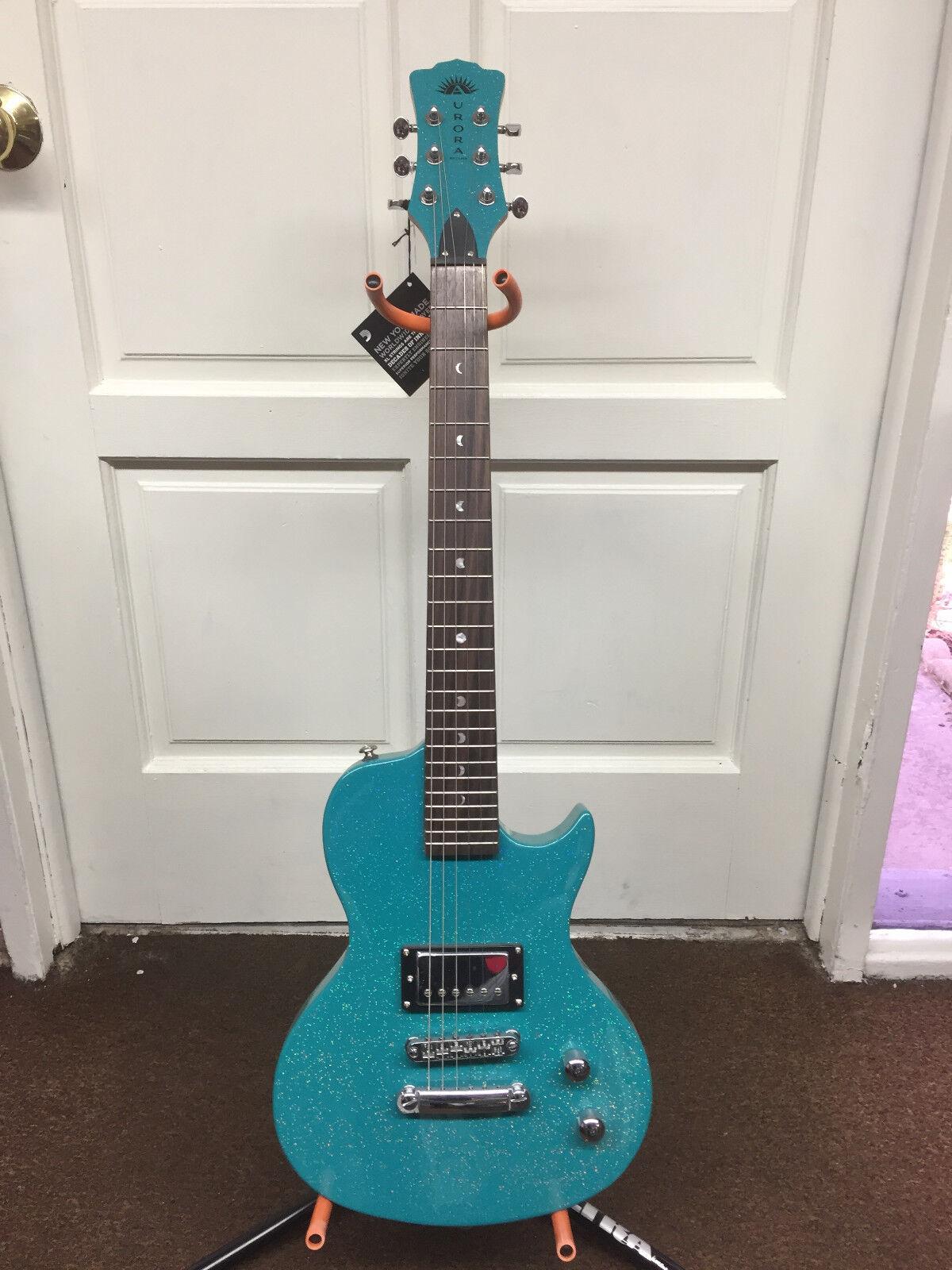 Luna Aurora short-scale electric guitar Teal Sparkle NEW Chi