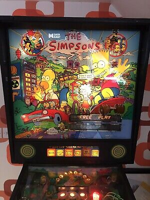 Simpsons Data East pinball Machine