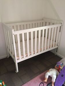 Cot/toddler bed with mattress $70 Hackham West Morphett Vale Area Preview