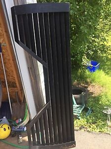 F250 fifth wheel tailgate and other trailer parts for sale
