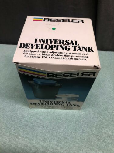 Beseler Universal Developing Tank Adjustable Reel 35mm 127 120/220 Format In Box
