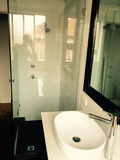Nice double and private room in Bondi