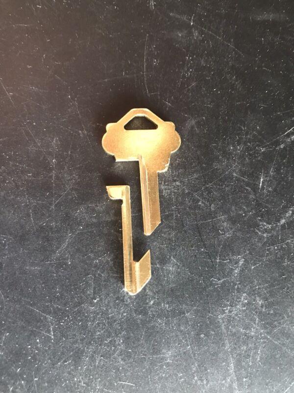 Schlage Lockout Key Traveling Salesman Key