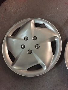 Deux Enjoliveurs de roue 16 pouces