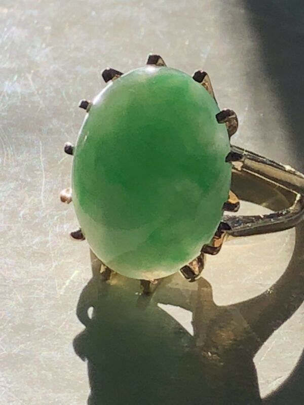 "Large Vintage Antique Chinese Bright Green Translucent ""A"" Jade 14k Gold Ring"