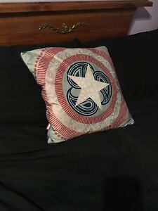 MARVEL CAPTAIN AMERICA DECORATIVE PILLOW
