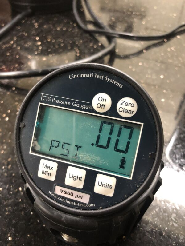 Cincinnati Test Systems CTS V/60 Vacuum Pressure Digital Test Gauge 60 PSIG