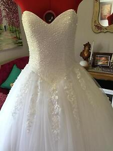 DEB or Wedding White /Ivory Dress Ferntree Gully Knox Area Preview