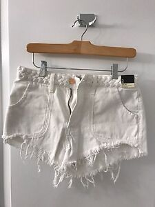 Brand New Abercrombie and Fitch High waisted shorts size 2
