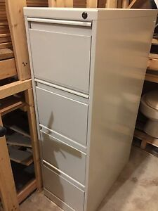 ***FILING CABINET LIKE NEW***