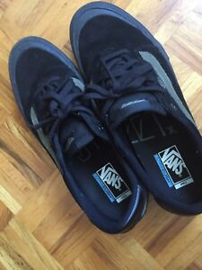 Vans Off The  Wall Shoes (80$ Negotiable)Size 11.5)