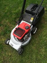 Victa lawn mower in vgc 2 stroke good blades Wantirna South Knox Area Preview