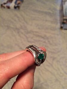 White gold/diamond ring and emerald ring