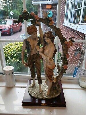 Vintage La Anina Collection figurine of a couple