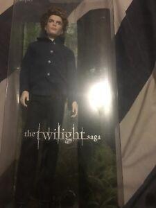 [BARBIE COLLECTOR ITEM] Twilight Jasper Doll