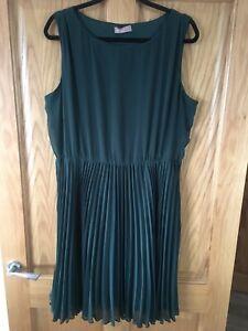 Ladies Green Dress Pencil Pleats Awear Size 18