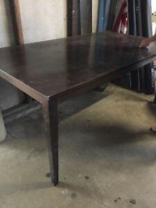 Freedom solid timber table ( must sell )