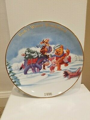 1996 Disney Winnie The Pooh's Winter Wonderland Collector Plate - Used No Box