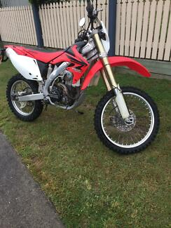 CRF450X 07/08. Comes with RWC. Oxenford Gold Coast North Preview
