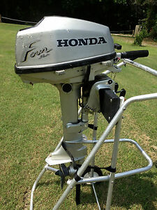 Honda 5 hp 4 stroke outboard tiller boat motor rebuild for Honda 2 5 hp outboard motor