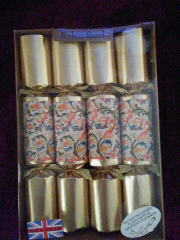 Robin Reed Handmade English FLORENTINE GOLD Party Crackers - Set of 8 - NEW