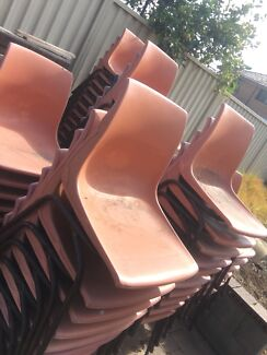 Plastic entertainment chairs