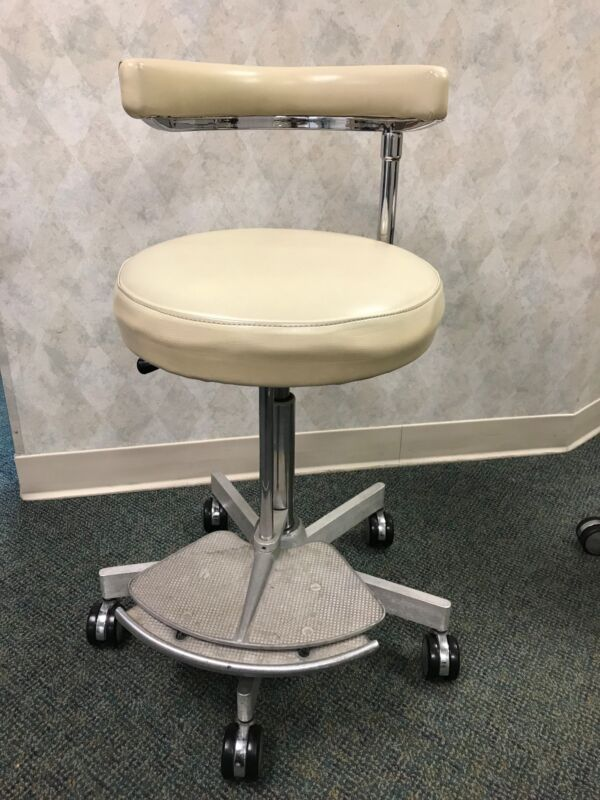 Dental Assistant Stool Chair w/ Foot Rest