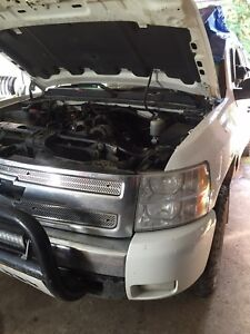 2008 Chevrolet Silverado parting out