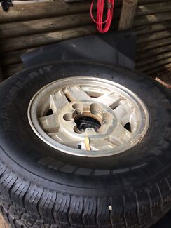 Hilux 4Runner rims with A/T tyres