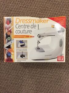 SEWING MACHINE BRAND NEW!!!
