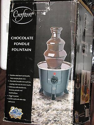 NEW Crofton Chocolate Dip Sauce Fondue Fountain Tiered w/ Stainless Steel Bowl  Fondue Dipping Sauces