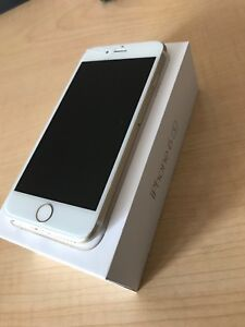 iphone 6s 64gb unlocked (small crack)