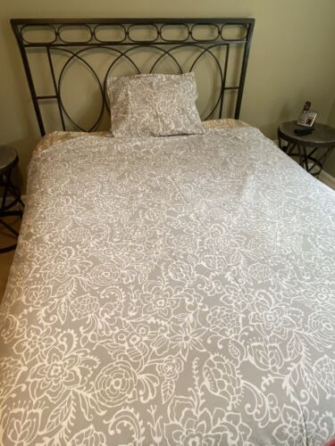 Pottery Barn Teen Twin Bedding - Gray Floral Patterned Duvet Cover Sham - $11.50