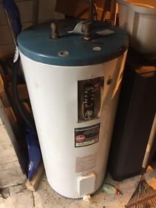 175L electric hot water heater