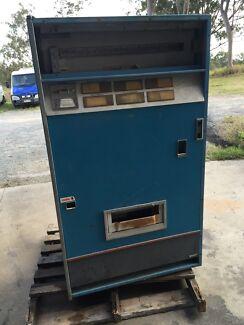 Old Pepsi drink machine North Tivoli Ipswich City Preview