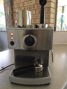 Sunbeam coffee machine Cairns Cairns City Preview