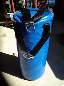 Boxing/Punching Bag with Gloves Valentine Lake Macquarie Area Preview